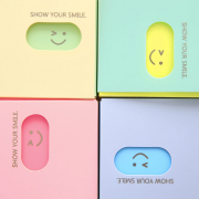 Show Your Smile Plastic Card Holder
